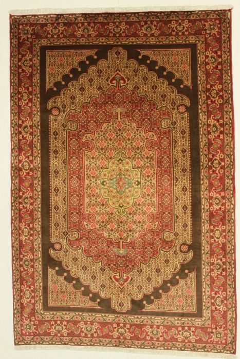 Exceptional Persian rug, SENE-KURDI, Iran (West), 20th century, hand-knotted