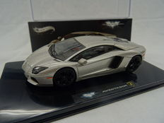 The Dark Knight Rises - Hot Wheels Elite - Scale 1/43 - Lamborghini Aventador from the movie Batman The Dark Knight Rises
