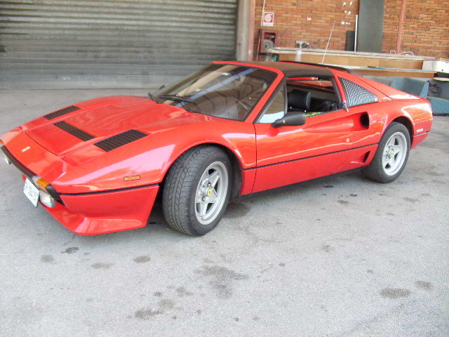 Ferrari - 208 GTS Turbo - 1984