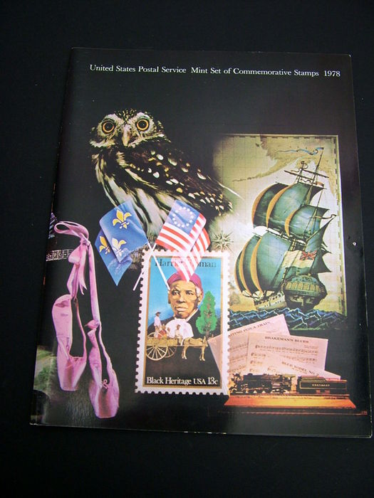 USA 1977/1988 - Collection of 12 year books USPS - Catawiki