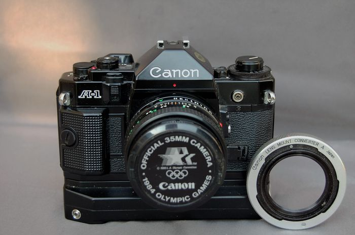Canon A1, winder and lens mount converter A - Catawiki