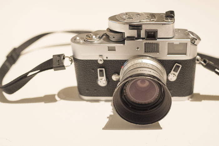 Leica M4 body with Leica meter MR4 - Catawiki