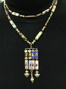 18 kt yellow gold necklace with enamel, dating back to 18th century