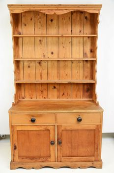 Pine tin-sideboard - the Netherlands - 1st half of 20th century