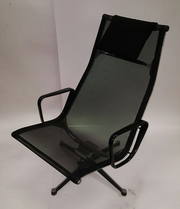 Charles U0026 Ray Eames For Herman Miller   Eames Lounge Chair Ea124 Aluchair