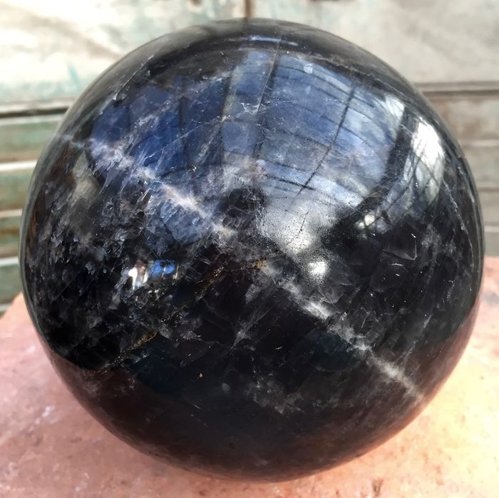 Sphere of black moonstone - 140 mm - 3,65 kg - Catawiki