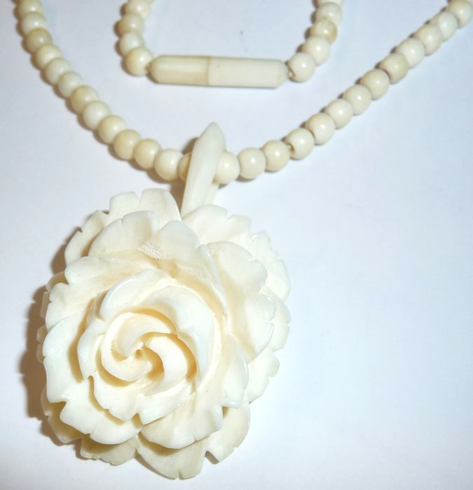 necklace chain bijoux fleur product antique ivory myanmar pendant paris