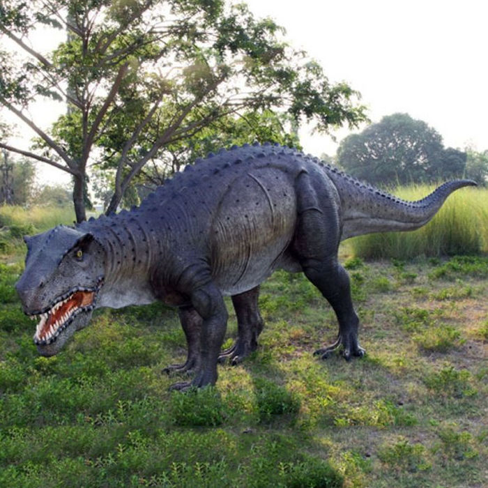 Very exclusive statue of a dinosaur-Postosuchus (Late Triassic period) - 622 x 128 x 200 cm