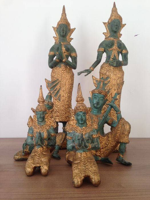 6 magnificent Thepanom statuettes - Thailand - 2nd half of the 20th century