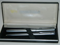 Pair of Waterman steel pens - 1980s - new