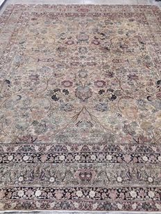 Kirman Lavar – antique and signed – 340 x 280 cm – early 1900s