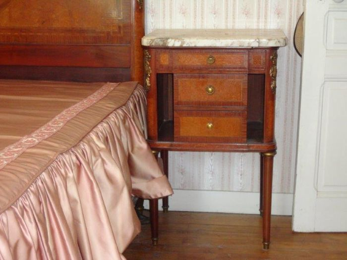 Nice Bedroom Furniture In Louis XVI Style With Marquetry France Late 19th C