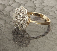 Floral Unique Work Ladys Ring with 25 Diamonds in brillant cut of c. 0,78 Ct, 14 K Yellow Gold RS 53 / 17,1mm ∅ / US 6,5-7,5