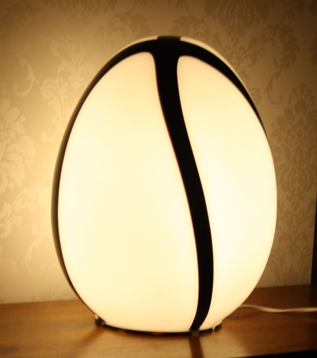 eglo leuchten egg shaped xl glass floor lamp table lamp. Black Bedroom Furniture Sets. Home Design Ideas