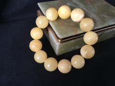 Amber bracelet of natural Baltic butterscotch amber beads approx. 17 mm in diameter