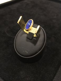 14Kt. Yellowgold Ring with Australian Opal- size 9