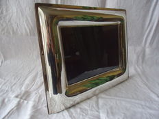Photo frame in silver 925/1000, back side in leather signed Trussardi
