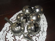 Lot of 5 glass Christmas baubles and a topper from WW1