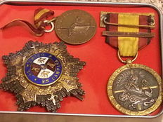 No. 3 original medals from the Spanish Civil War