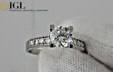 IGL -1.35 ct round diamond ring in 14 kt white gold - size 7,5