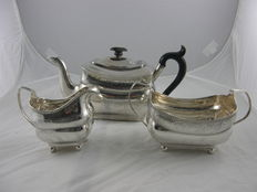 Driedelig zilveren empire servies, o.a. Richard Sawyer, Dublin 1807 en 1808