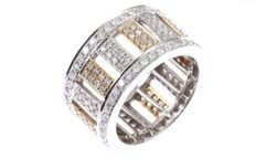 Ring in two-tone gold set with 192 diamonds