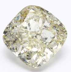 0.82 ct IGI Certified Natural Fancy Light Yellow Cushion Modified Brilliant Diamond