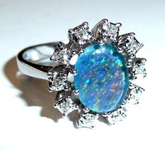 Opal diamond ring made of 14 kt / 585 white gold, 0.15 ct Diamonds - ***no reserve***