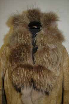Trapper's Queens - suede coat lined with rabbit fur -