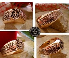 AJS - Collection 14 grams - 8kt Gold stamped 333 Knights Templar ring signet Masonic massive Handmade 21st century bague templier templars cachet