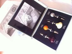 Mercedes-Benz - wine stoppers in the shape of gear lever in original luxury box