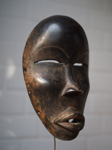 'Deangle' Mask - DAN - Liberia