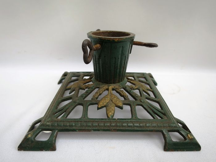 small christmas tree stand art deco cast iron catawiki. Black Bedroom Furniture Sets. Home Design Ideas