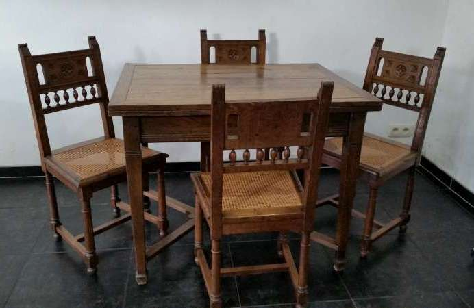 Antique oak table with four chairs - Netherlands - ca. 1900 - Antique Oak Table With Four Chairs - Netherlands - Ca. 1900 - Catawiki