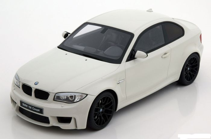 gt spirit chelle 1 18 bmw 1m coupe blanc catawiki. Black Bedroom Furniture Sets. Home Design Ideas