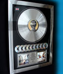 "Bekijk onze Oasis ""Whats the Story Morning Glory"" 9 x platinum award."