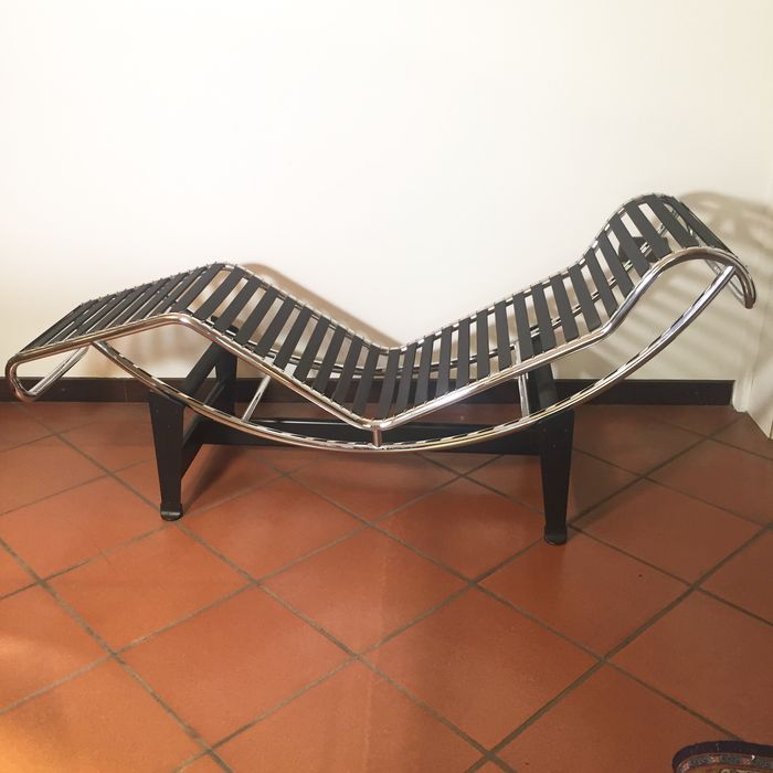 Le Corbusier – chaise longue LC4 by Cassina - Catawiki