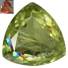 Colour-change diaspore - 11.77 ct