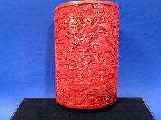 A paintbrush jar with cinnabar red paintwork (Biton) – China – around 1900