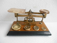 English mail scales with weights - ± 1900