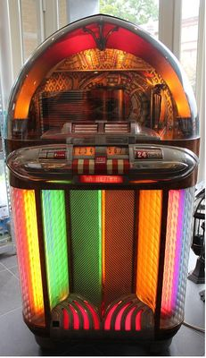 Beautiful Würlitzer 1100 Jukebox
