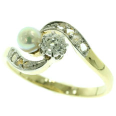 Antique 'Toi et moi, you and me, forever' pearl and diamond gold engagement ring - anno 1900
