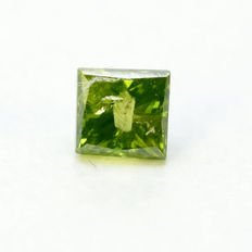 Green diamond, 0.10ct