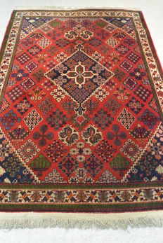 Beautiful oriental carpet 170 x 117cm Middle of the 20th century