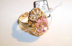 A pink topaz women's ring – 583 gold, 14 kt, size 19 mm