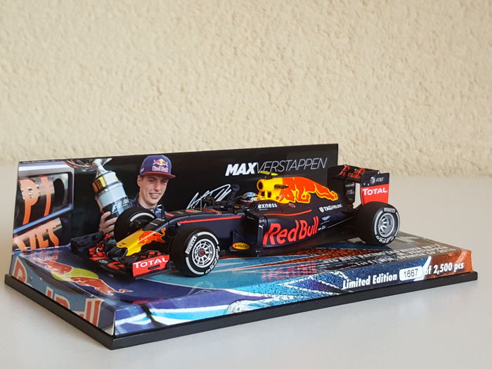 Max Verstappen - Minichamps 1st F1 Spain GP win - Red Bull Racing limited  edition Tag Heuer RB12 2016 - 2 b664e5ac84