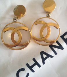 Chanel - CC Logo earrings from the 80s