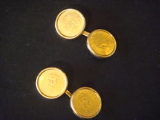 Cufflinks with Venezuelan Caciques (gold coins).