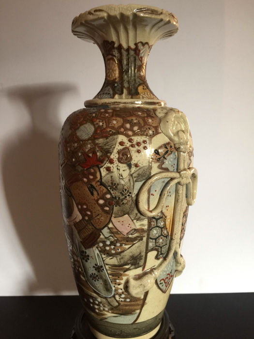 Satsuma Vase And Pair Of Vases With Covers Japan Circa 1920