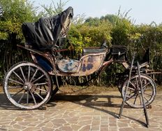Landau carriage with light blue lacquered hood - Northern Europe 19th century